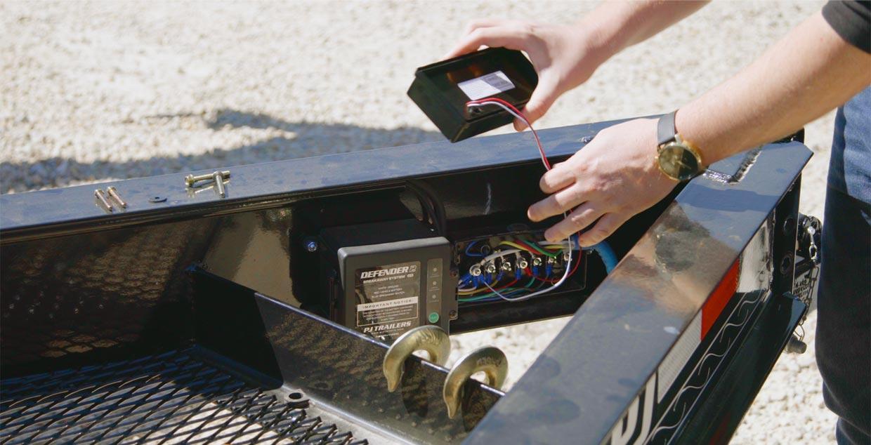 Brilliant Pj Trailers Whrzt Gps Tracker Junction Box Lid Wiring 101 Capemaxxcnl